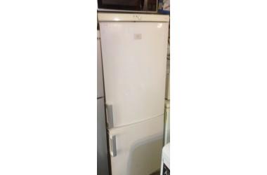 AEG koelkast met 3 vrieslades onder  166 cm hoog 60 cm breed