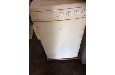 Etna koelkast tafelmodel met vriesvakje 54 cm breed zo goed als nieuw