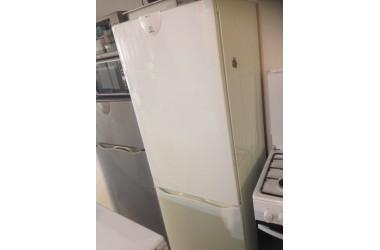 Indesit koelkast 180 cm hoog 60 cm breed